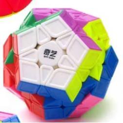 Cube : Megaminx QiYi QiHeng S (sculpture)